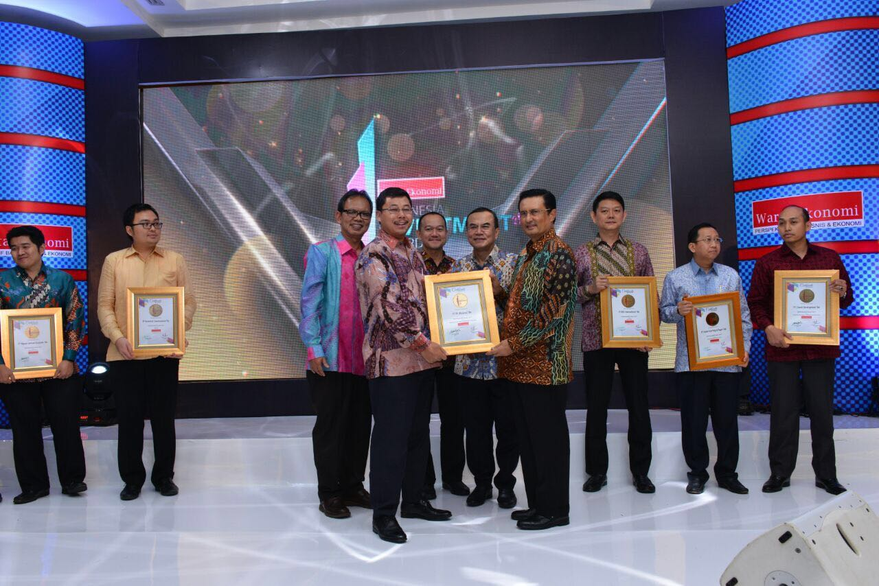 PTPP Raih Indonesia Investment Award 2017